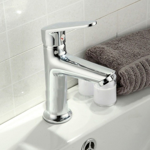 Modern deck mounted brass bathroom faucet 0629